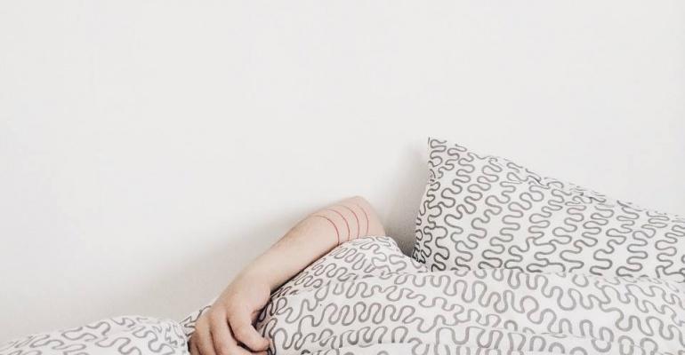 10 piosenek, które pomogą Wam przetrwać ciężki poranek