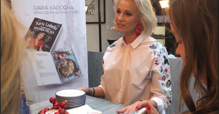 Promocja nowej książki  Darii Ładochy w restauracji POLOT