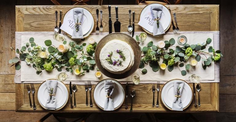 Eataway – poznajmy się przy stole