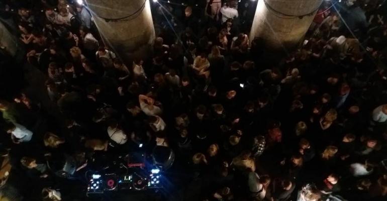 Bar Studio, Kulturalna i Nocny Market organizują wspólne wydarzenie pod nazwą 1983