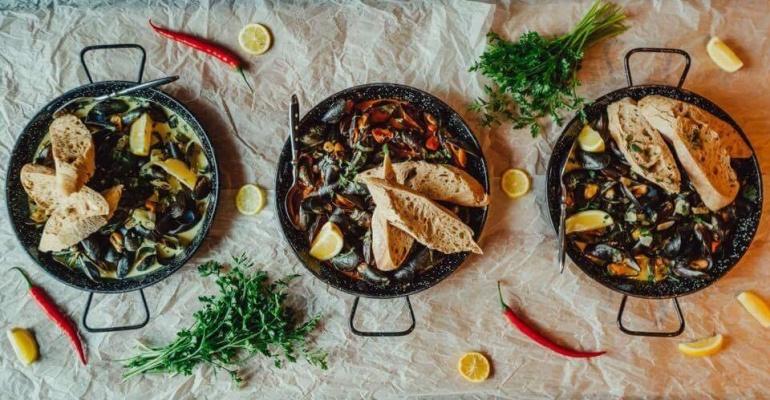 Katowice nocą – gdzie jeść?