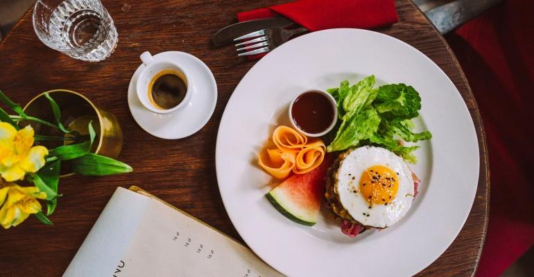Knajpy, w których zjesz śniadanie o każdej porze dnia