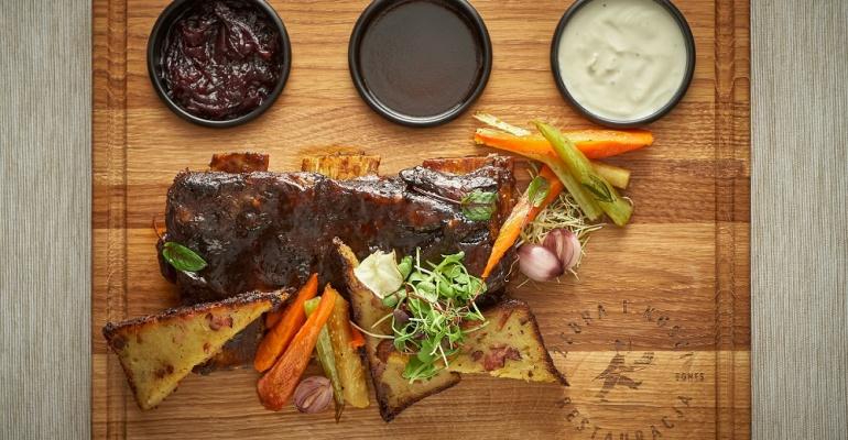 Nowe miejsce: Żebra i kości, czyli świetna, mięsna kolacja w centrum stolicy