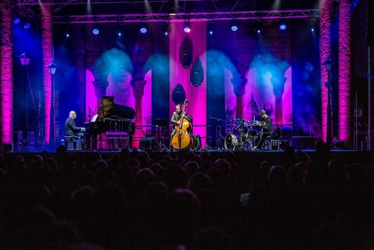 """Jazz w Łazienkach Królewskich - muzyka z filmu """"Rewers"""""""