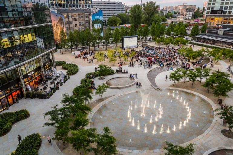 Strefa kibica na placu Europejski